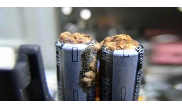 Co by jste měli vědět o zábleskových přístrojích a kondenzátorech?